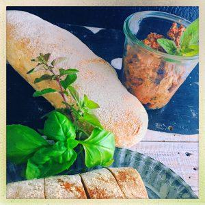 Tomatenaufstrich, Basilikum, Tomate, Sommer, foodwerk.ch