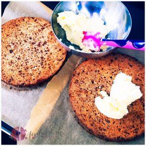 mandeltorte, almondi, schokolade, dajm, schweden, sweden, daim, ikea, kuchen, karamell, caramael, almond, almondi torte, torte, tortelein, idee, einfach kochen, einfaches rezept, rezepte, schweizer foodblogs, foodwerk.ch, foodwerk, foodblog, blog, food, kochen, backen, cook, bake, swiss, swiss foodblog, foodblogger, foodie, instafood, kalorienbombe