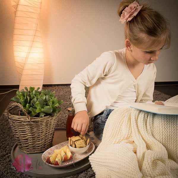 cracker mit liv herstellen, einfach liv, kinderleichte rezepte, kochen mit kindern, idee, einfach kochen, einfaches rezept, rezepte, schweizer foodblogs, foodwerk.ch, foodwerk, foodblog, blog, food, kochen, backen, cook, bake, swiss, swiss foodblog, foodblogger, foodie, instafood, schweizer foodblog, luzern, kochanleitung, foodies, foodporn, rezept ideen, menuevorschlaege, menueplan, vorspeise, hauptgang, dessert, familyblog