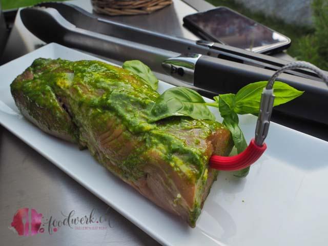 Basilikum Grill Marinade für Schweinefleisch, Hähnchen und was sonst noch grilliert werden kann.