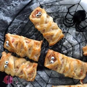 Mumien Halloween Snack mit Schinken und Käse